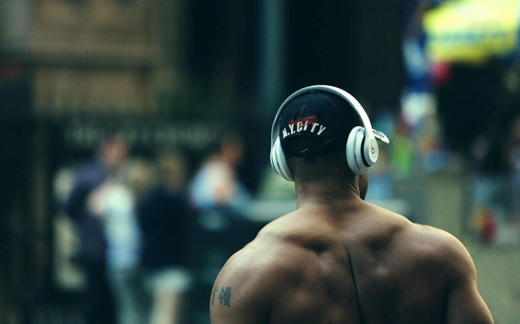 肩甲骨周りの筋肉を鍛えるメリット