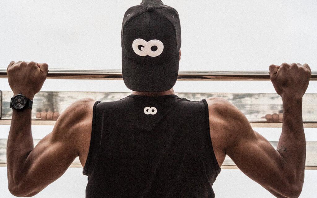 僧帽筋を鍛えるための自重トレーニング【器具なしで背中を鍛える】