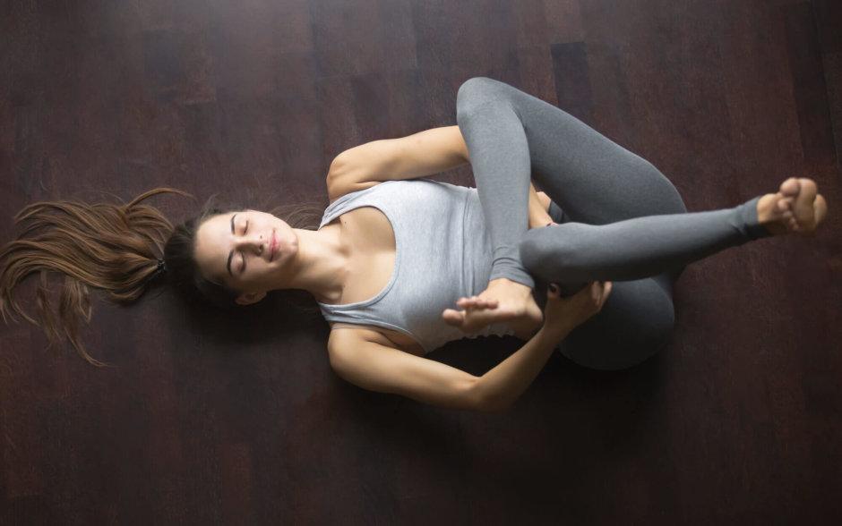 腰痛改善にお尻のストレッチ【硬い臀部の筋肉をほぐしていこう】