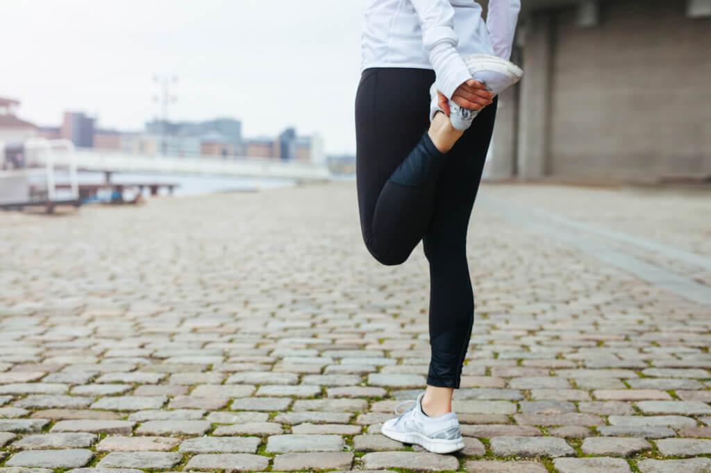 腰痛改善にオススメの股関節周りのストレッチ種目