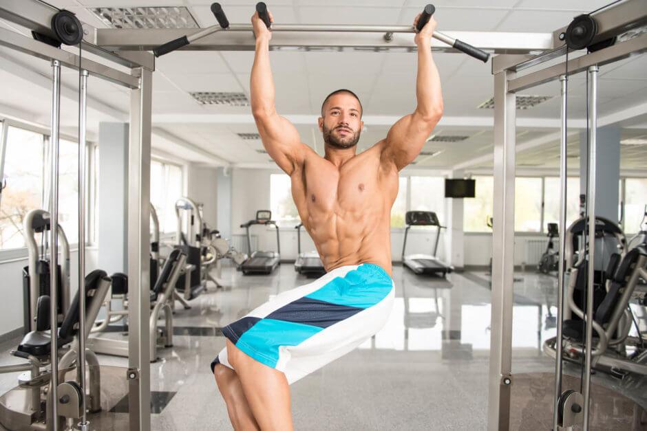 ぶら下がりで腹筋を鍛えるトレーニング種目【高強度で腹筋を追い込む】