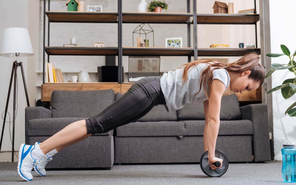 腹筋ローラーを使ったトレーニング