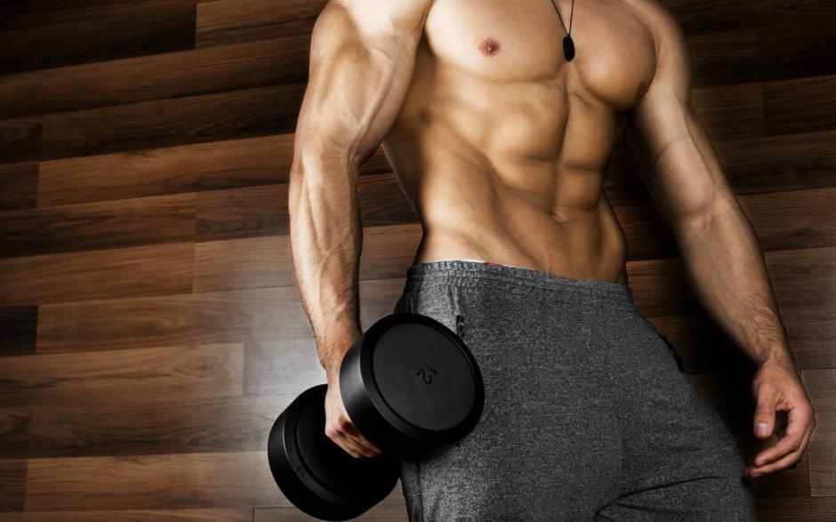 腹筋を鍛えるダンベルトレーニング【負荷を増してお腹を引き締める】