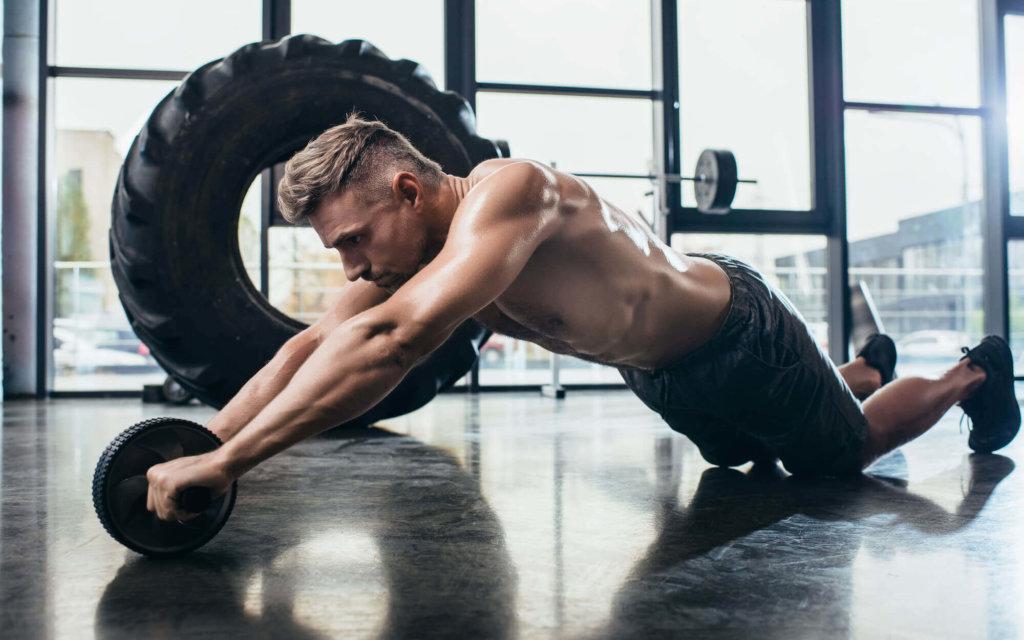 腹筋ローラーで腰が痛くなる原因【腰を痛めないポイントも解説します】