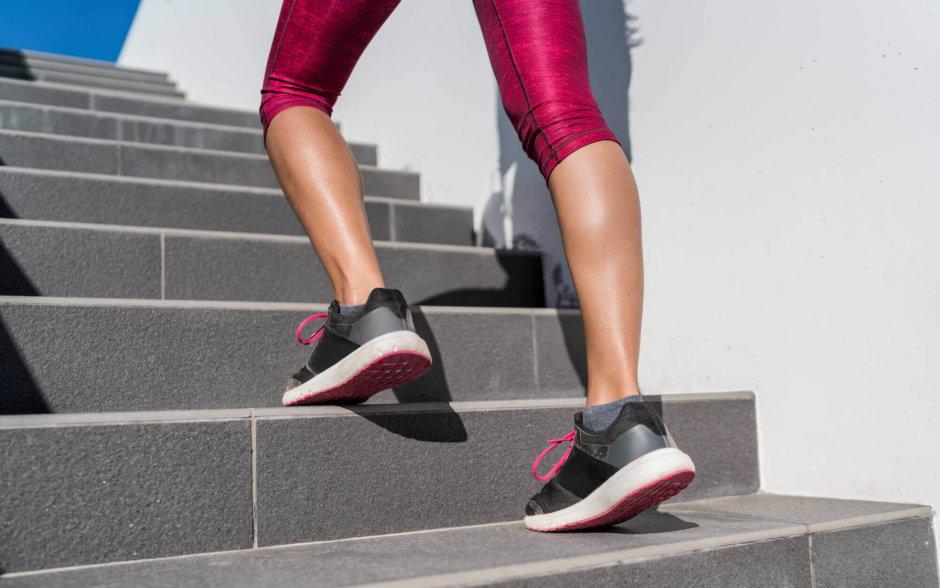 ふくらはぎ(下腿三頭筋)を鍛える筋トレ種目【美脚づくりやむくみの改善に】