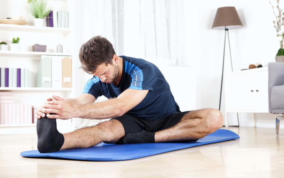 ハムストリングスのストレッチのやり方【肉離れの予防や姿勢の改善に】